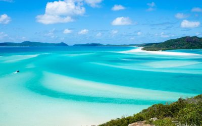 A sailing trip at the Great Barrier of Reef and the Whitsundays