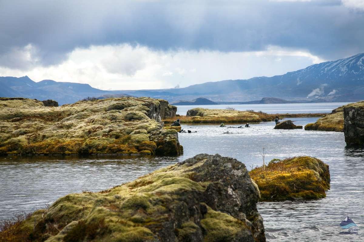 Plonger entre deux plaques tectoniques en Islande